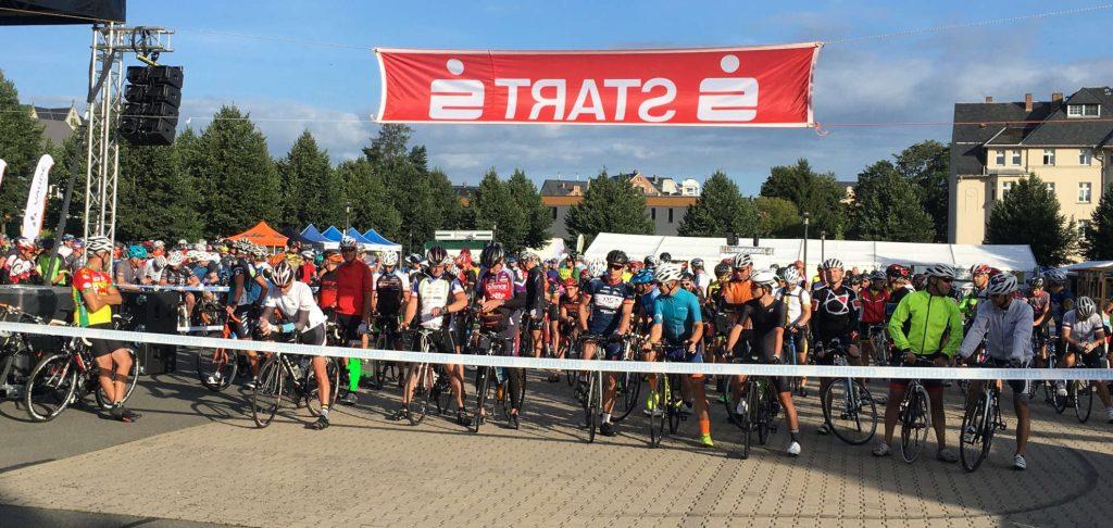 Start der 26. Olbernhauer Radtour - Hier Ausdauer- und Fitness-Plus-Strecke